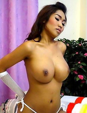 Busty Thailand girl Tittiporn